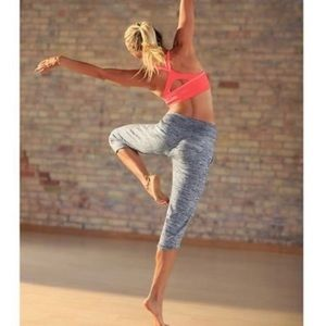 Athleta Chillax Capris